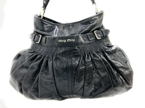 miumiu(ミュウミュウ) トートバッグ - 黒 レザー