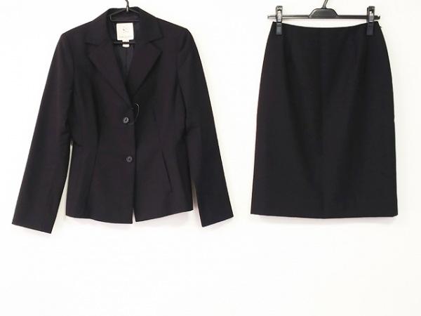 組曲 KUMIKYOKU(クミキョク) スカートスーツ レディース美品  黒 肩パッド
