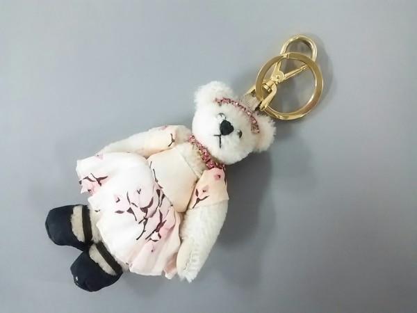 PRADA(プラダ) キーホルダー(チャーム)美品  アイボリー×ピンク×マルチ クマ