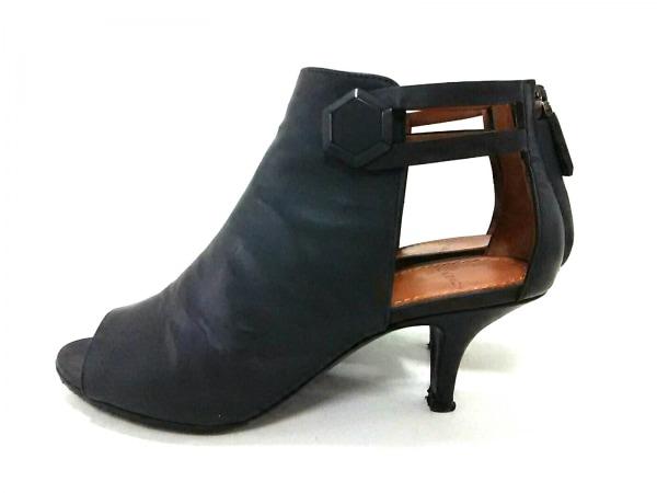 ジバンシー ブーツ 34 レディース美品  - - 黒 オープントゥ/アウトソール張替済