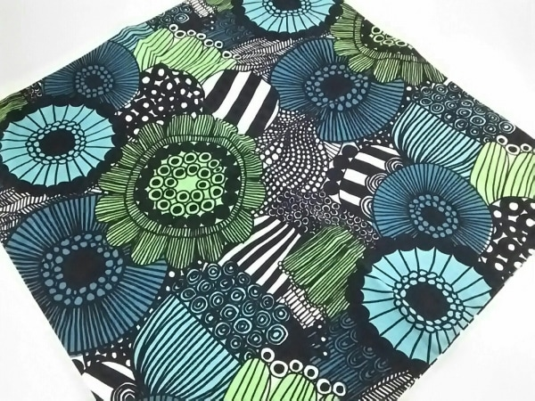 marimekko(マリメッコ) 小物美品  ブルー×グリーン×黒 クッションカバー コットン