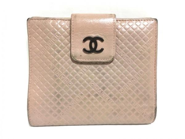 CHANEL(シャネル) Wホック財布 マイクロベルテッド ピンク 型押し加工 レザー