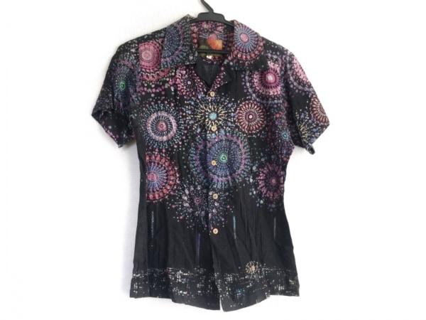 mash mania(マッシュマニア) 半袖シャツ サイズM レディース 黒×ピンク×マルチ