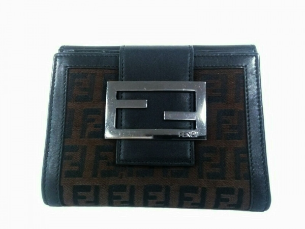 フェンディ Wホック財布美品  - 8M0035 ダークブラウン×黒 ジャガード×レザー