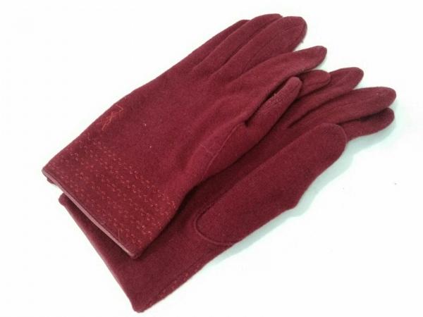 YvesSaintLaurent(イヴサンローラン) 手袋 レディース美品  レッド ウール