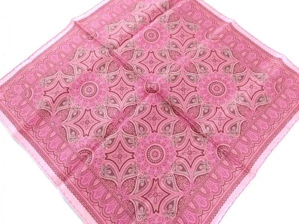 エルメス スカーフ新品同様  プチカレ ピンク×ボルドー×マルチ ペイズリー柄/花柄