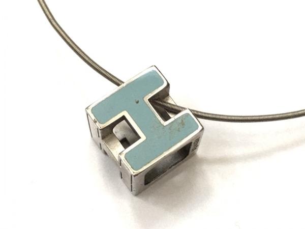 エルメス ネックレス美品  カージュドアッシュ 金属素材 シルバー×ライトブルー