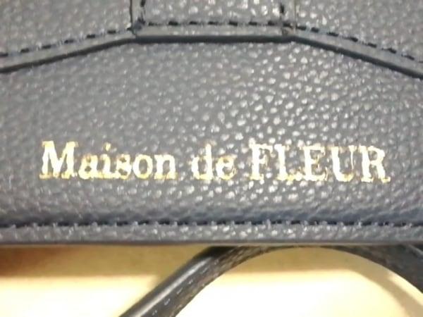 Maison de FLEUR(メゾンドフルール) パスケース美品  ネイビー 合皮