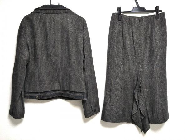 リツコシラハマ スカートスーツ レディース美品  ダークグレー×グレー ラメ