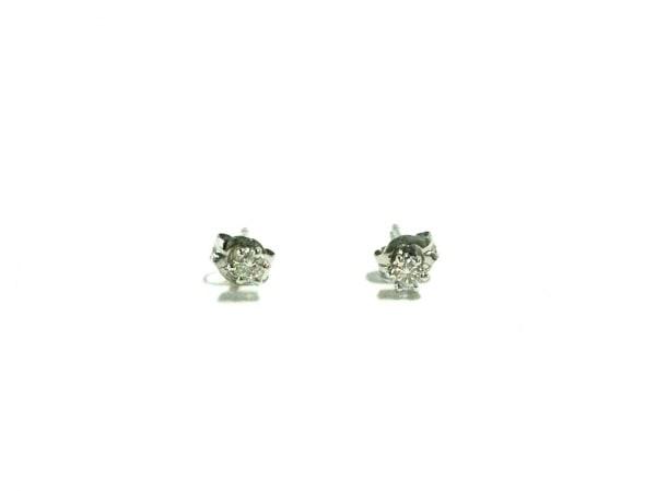 タサキシンジュ ピアス新品同様  Pt900×ダイヤモンド 総重量0.6g/片側0.05刻印