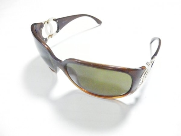 CHANEL(シャネル) サングラス - ブラウン×ゴールド プラスチック×金属素材