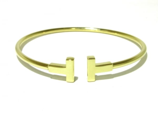 TIFFANY&Co.(ティファニー) バングル美品  Tナローワイヤー K18YG ミディアムサイズ