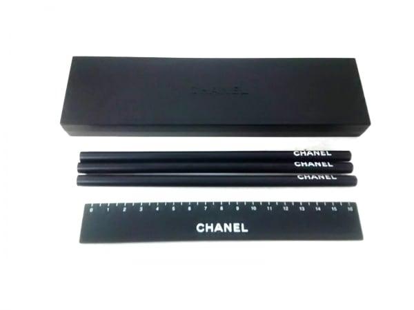 CHANEL(シャネル) 小物美品  黒 鉛筆/定規セット プラスチック×ウッド
