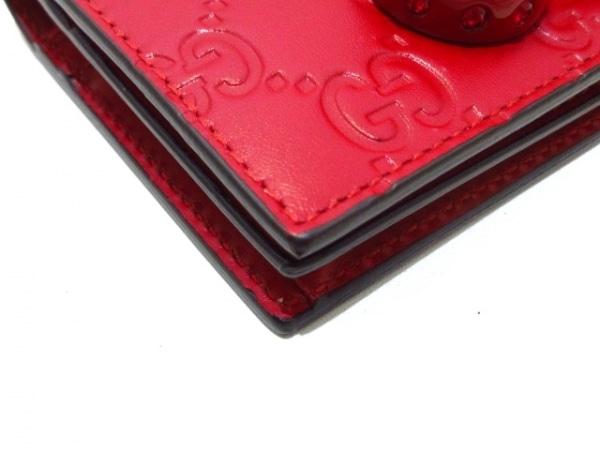 GUCCI(グッチ) 2つ折り財布美品  シマライン 476050 レッド シグネチャーレザー