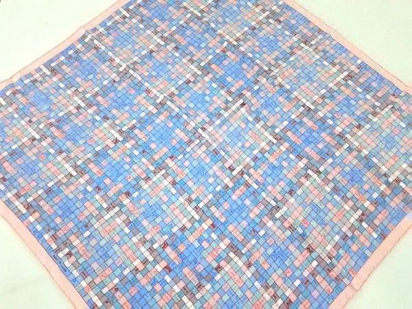 HERMES(エルメス) スカーフ新品同様  カレ 002408S 30 ピンク×ライトブルー×マルチ