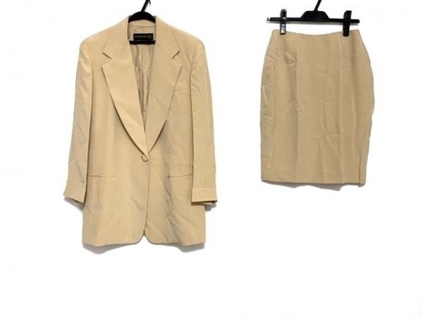 DONNAKARAN(ダナキャラン) スカートスーツ レディース ゴールド シルク