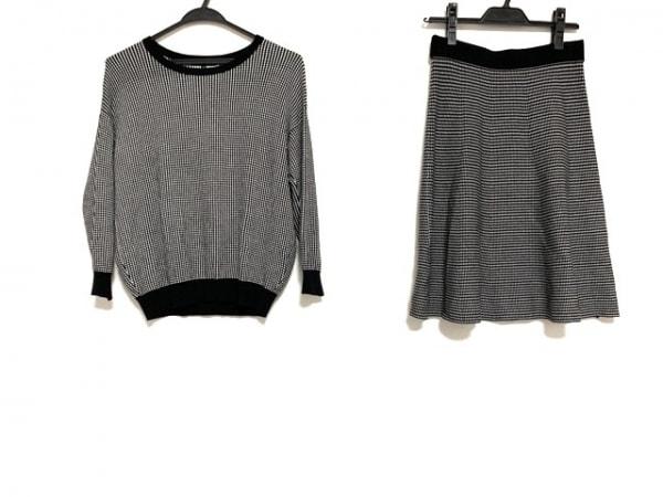 23区(ニジュウサンク) スカートセットアップ レディース美品  黒×白 ニット