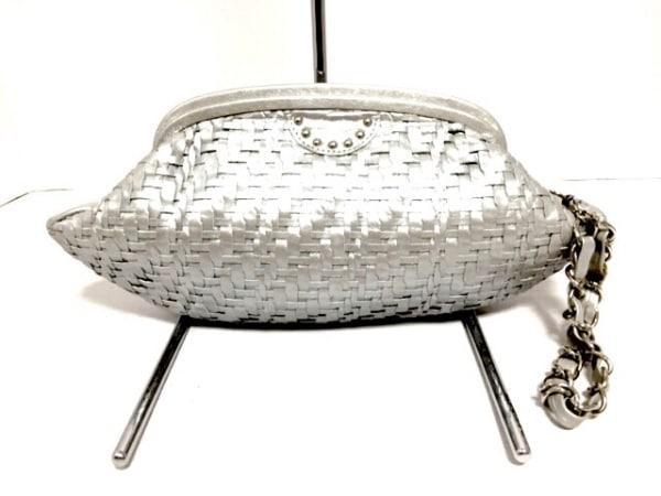 selvedge(セルヴィッジ) クラッチバッグ美品  シルバー 編み込み レザー