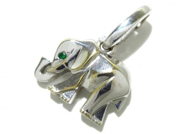 Cartier(カルティエ) ペンダントトップ K18WG×エメラルド 象