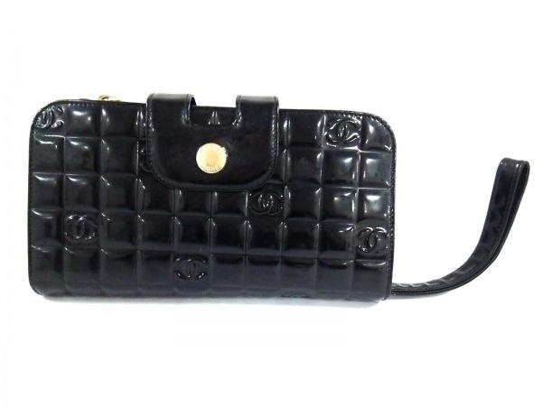 シャネル 長財布 チョコバー 黒 がま口/ハンドストラップ付き エナメル(レザー)