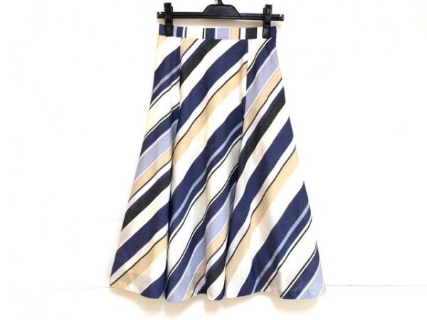 ニジュウサンク スカート サイズ38 M レディース 白×ブルー×マルチ 斜めストライプ