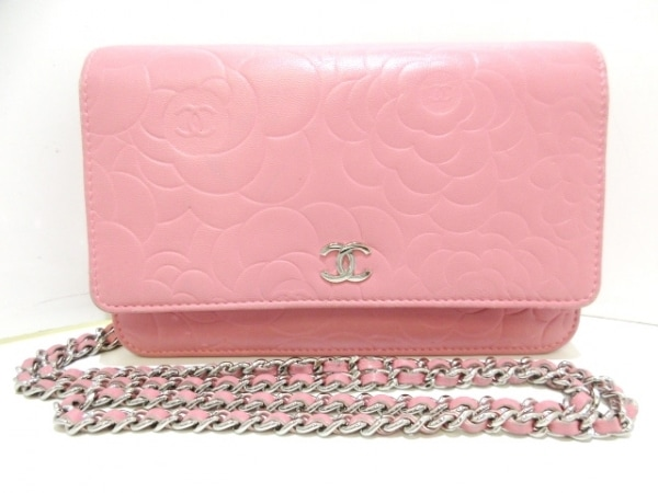 シャネル 財布 カメリア A47421 ピンク チェーンウォレット/シルバー金具 ラムスキン