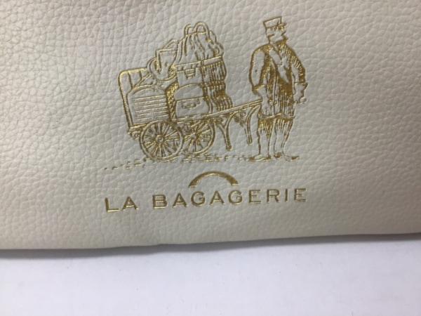 LA BAGAGERIE(ラバガジェリー) ショルダーバッグ アイボリー 合皮