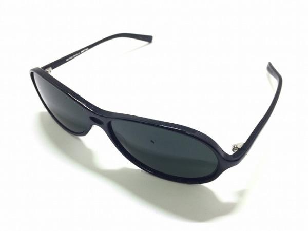 OLIVER PEOPLES(オリバーピープルズ) サングラス 126 黒 プラスチック