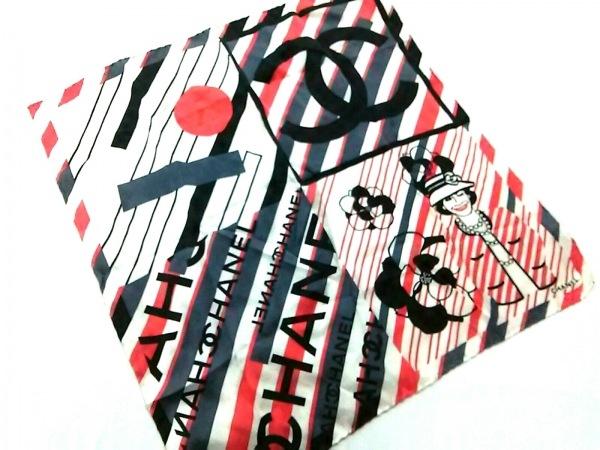 CHANEL(シャネル) スカーフ美品  カメリア アイボリー×レッド×マルチ ココシャネル