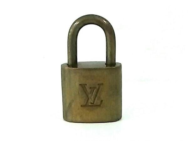 LOUIS VUITTON(ルイヴィトン) 小物 パドロック ゴールド 300 金属素材