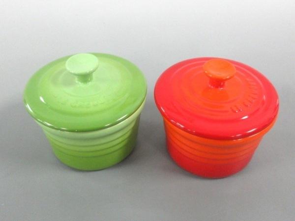 ルクルーゼ 食器新品同様  オレンジ×グリーン ココット/2個セット 1