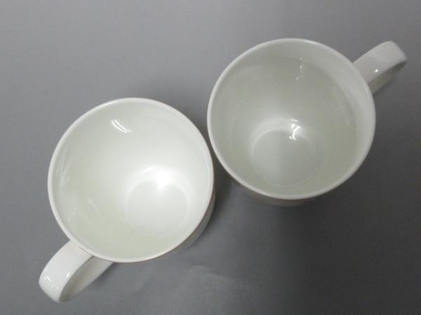 ナルミ マグカップ新品同様  白×ライトグリーン×マルチ 陶器 2