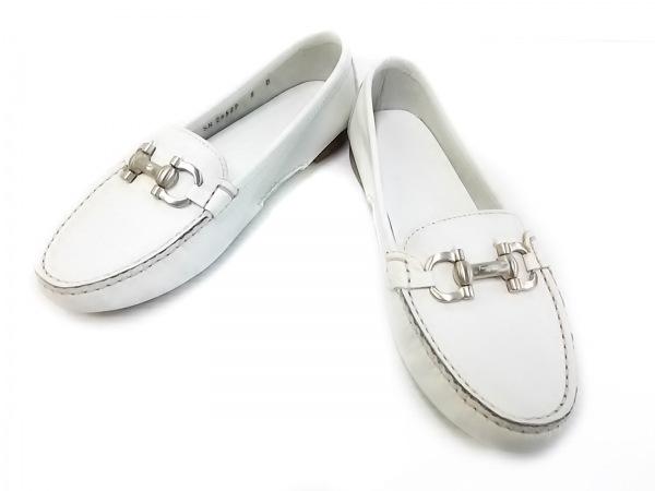 サルバトーレフェラガモ 靴 5 D レディース - ライトグレー レザー