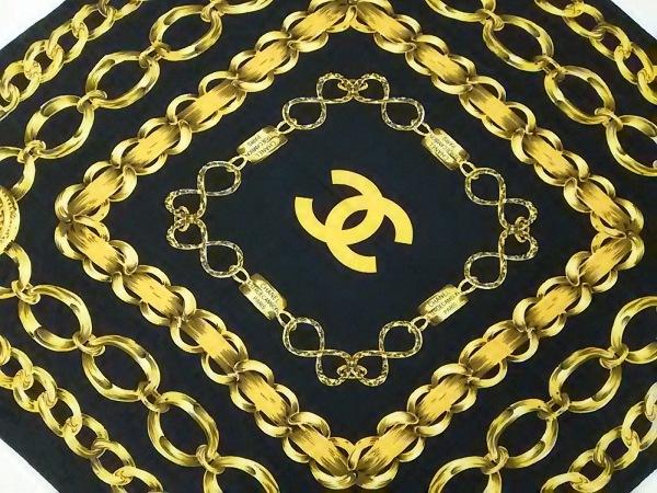 CHANEL(シャネル) スカーフ美品  黒×イエロー ココマーク