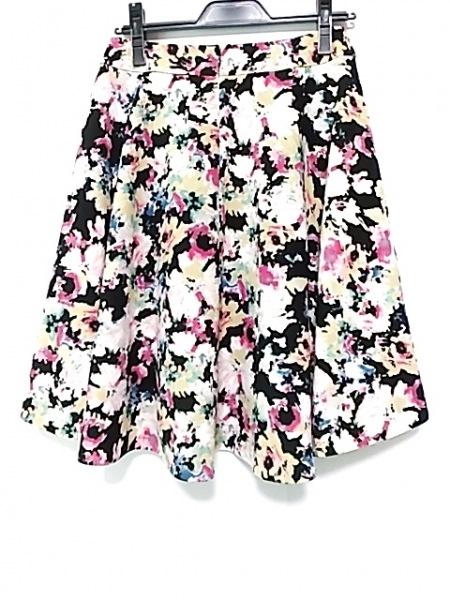 トゥービーシック スカート サイズ40 M レディース新品同様  黒×ピンク×マルチ 花柄