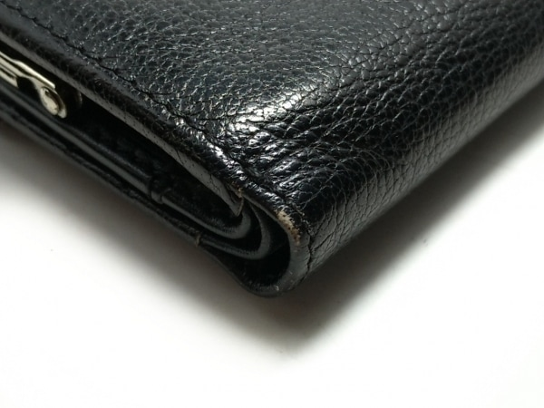 VivienneWestwood(ヴィヴィアンウエストウッド) 3つ折り財布 黒 型押し加工 レザー