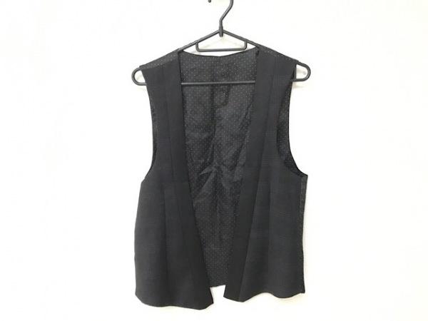 GIVENCHY(ジバンシー) ベスト サイズ46 XL レディース美品  黒×白 ドット柄