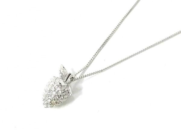 スワロフスキー ネックレス美品  スワロフスキークリスタル×金属素材 いちご