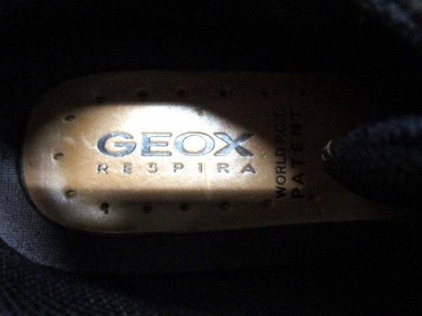 GEOX(ジェオックス) スニーカー レディース ネイビー 化学繊維×エナメル(レザー)