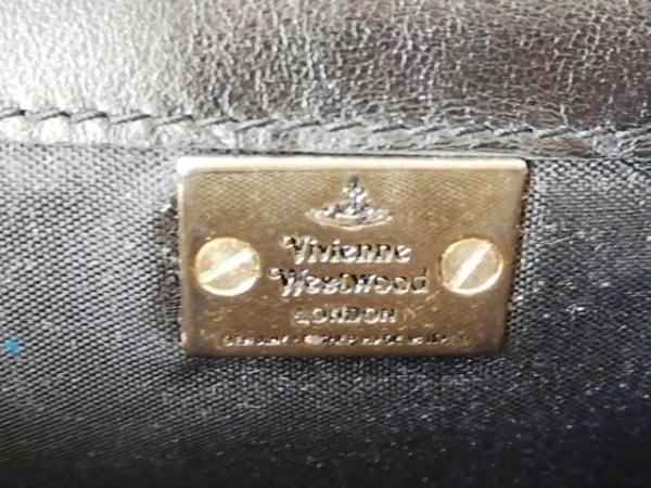 ヴィヴィアンウエストウッド 長財布 黒 型押し加工 エナメル(レザー)
