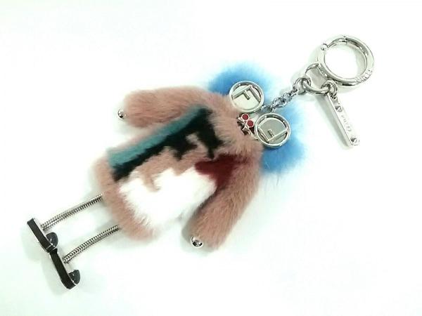 FENDI(フェンディ) キーホルダー(チャーム) チック チャーム 7AR625 金属素材×ファー