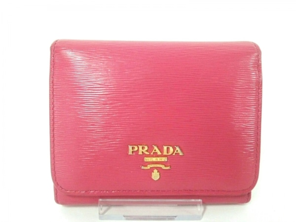 PRADA(プラダ) 3つ折り財布 - ピンク ヴィッテロムーブ(レザー) 1