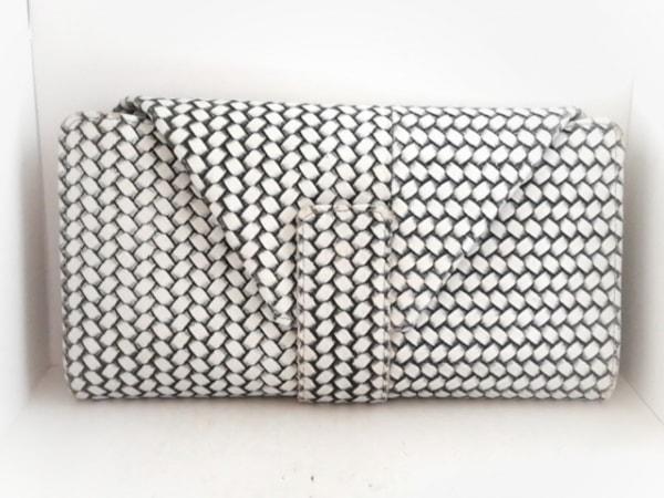 HIROKO HAYASHI(ヒロコハヤシ) 財布 白×黒 型押し加工 レザー