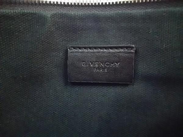 GIVENCHY(ジバンシー) クラッチバッグ - 黒×ピンク×マルチ 花柄 レザー