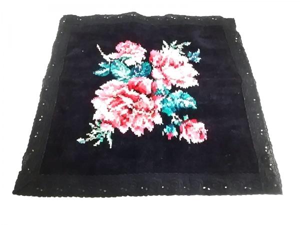 FEILER(フェイラー) ハンカチ 黒×レッド×マルチ 花柄 1