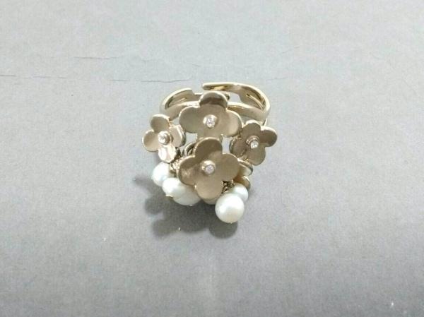 アンテプリマ リング 金属素材×フェイクパール×ラインストーン ゴールド×白