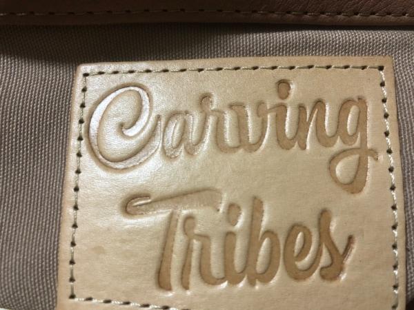 Carving Tribes(カービングトライブス) ハンドバッグ ピンクベージュ フラワー レザー