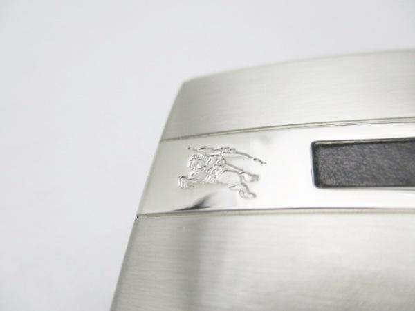 Burberry(バーバリー) ベルト 黒×シルバー レザー×金属素材