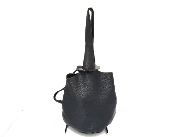 Cesaire(セゼール) トートバッグ 黒 レザー×プラスチック