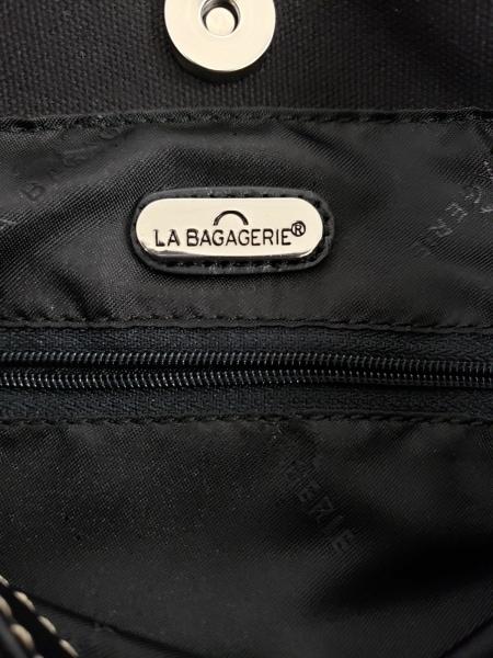 LA BAGAGERIE(ラバガジェリー) ショルダーバッグ美品  黒 スタッズ レザー×化学繊維